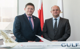 Gulf Air CEO Meets with New British Ambassador to Bahrain